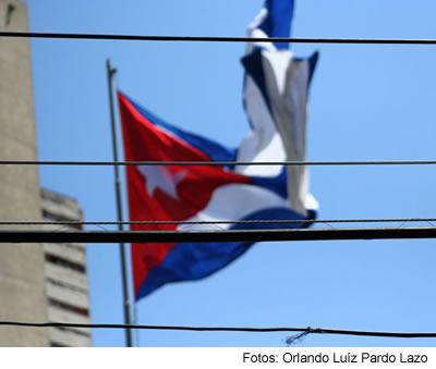 banderas_y_cables.jpg