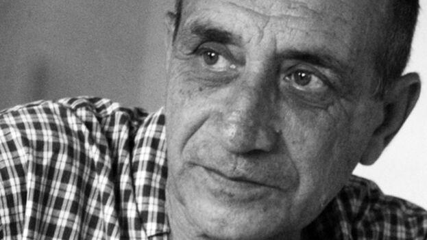 Desde la censura de 'Lenguaje de mudos' en 1968, Prats no volvió a publicar en Cuba hasta 987 cuando apareció Para festejar el ascenso de Ícaro, que ganó el Premio Nacional de la Crítica.