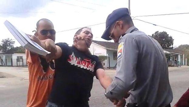 El pastor Mario Félix Lleonart es arrestado (Archivo)