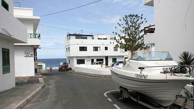 Una calle de La Santa, en Tinajo, isla de Lanzarote. (CC/Frank Vincentz)