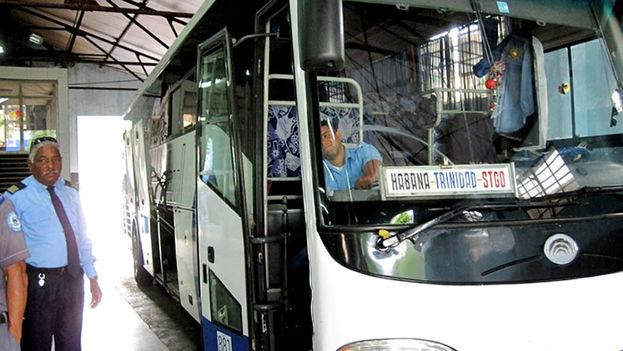 Mi nieto y su hija estuvieron 24 horas para llegar por Vía Azul a Santiago de Cuba. (FLICKR)