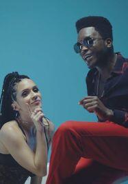 Fotograma del video clip 'La Papa'. (Captura)