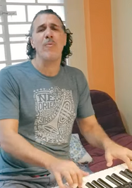 """""""Pero"""", el nuevo tema del músico Roberto Carcassés con Interactivo. (Captura)"""