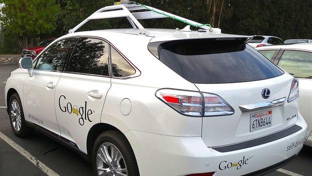 Coche sin conductor de Google de la marca Lexus. (CC)