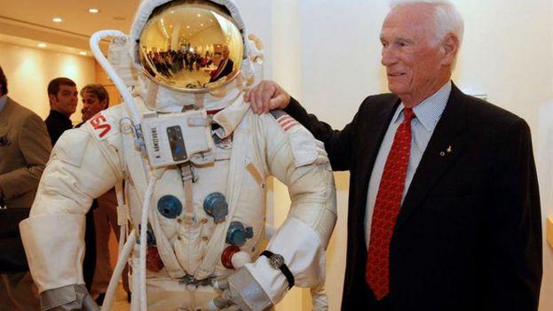El astronauta Eugene Cernan, comandante de la misión Apolo 17, fue el último hombre en pisar la luna. (EFE)