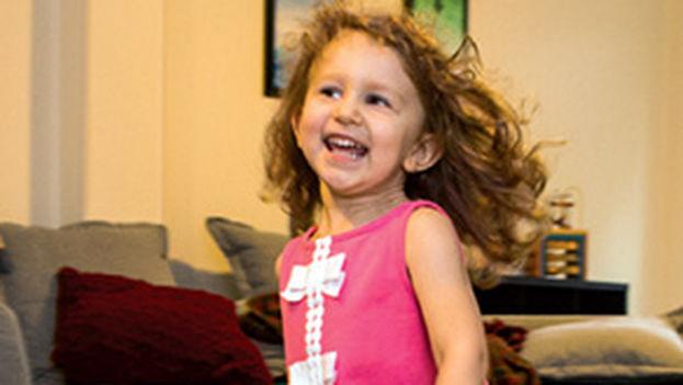 Evelyn Villarreal, después del tratamiento para la atrofia muscular espinal tipo 1 con una nueva terapia génica. (Science)