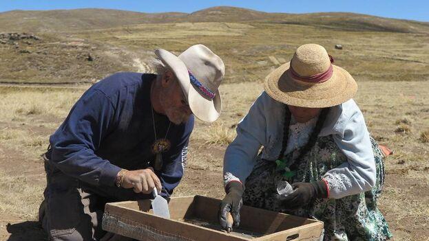 Excavaciones en el yacimiento de Wilamaya Patjxa. (Randall Haas)