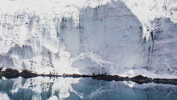 El glaciar Pastoruri, en Perú, es uno de los más afectados por el deshielo. (CC/Kelvin Padilla)