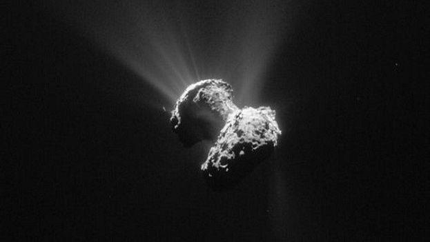 Rosetta ha estado investigando el cometa 67P durante más de dos años. (ESA)