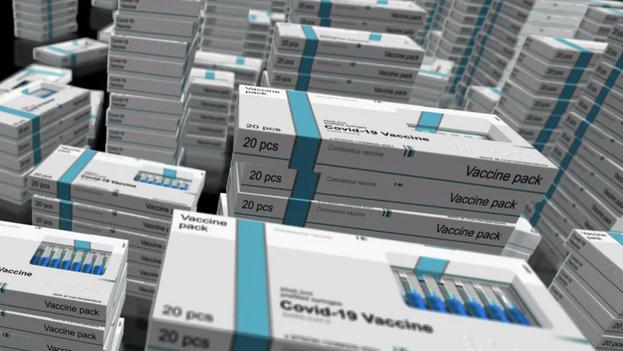 Hay rotundos argumentos, inapelables, para acelerar la disponibilidad de vacunas en el mundo. (The Conversation)