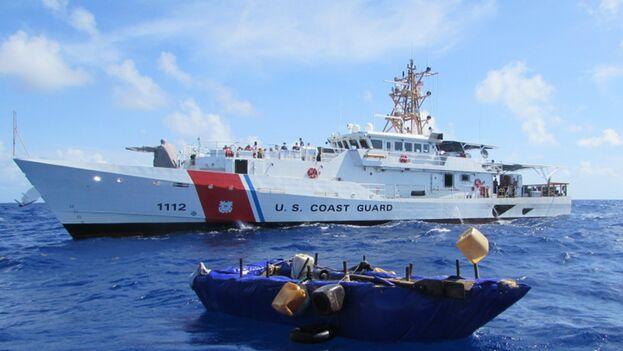 Desde el 1 de octubre de 2020, los guardacostas estadounidenses han interceptado a 465 cubanos. (Guardia Costera)