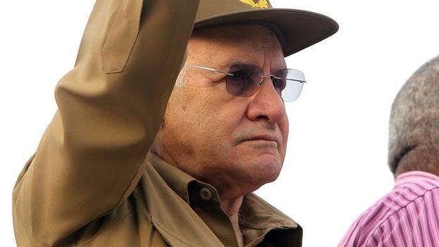 El general Abelardo Colomé Ibarra, alias 'Furry', ministro del Interior desde 1989 hasta su renuncia, este lunes (EFE/Alejandro Ernesto)