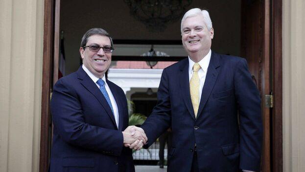 Ambos cancilleres conversaron sobre el estado de las relaciones bilaterales y expresaron la voluntad mutua de continuar trabajando por su fortalecimiento. (EFE)