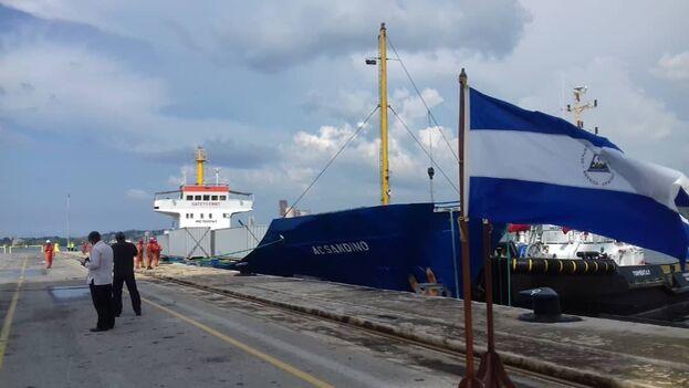 El Augusto César Sandino también transportó ayuda humanitaria desde Nicaragua a Cuba el pasado agosto. (EFE)