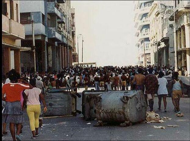 Tras la caída del Muro de Berlín y el colapso de la Unión Soviética la economía de la Isla se hundió. (Karel Poort)