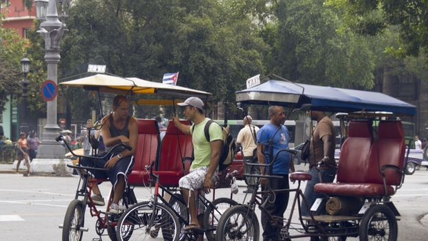 Bicitaxis en La Habana. (14ymedio)
