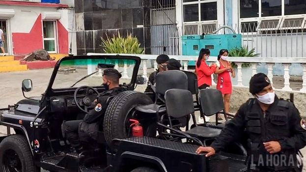 Los Boinas Negras, que pertenecen a la Brigada Especial Nacional, subordinada al Ministerio del Interior, se han visto en las últimas semanas en distintos puntos del territorio nacional. (La Hora de Cuba)