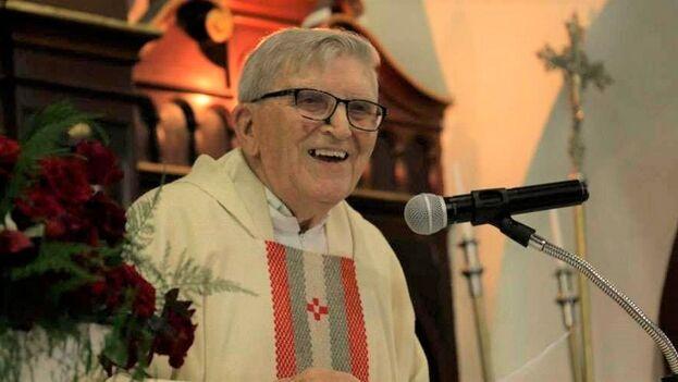 Bruno Roccaro fue ordenado sacerdote en 1949 y llegó a Cuba cuando tenía 50 años de edad. (Raúl Ernesto Gutiérrez García)
