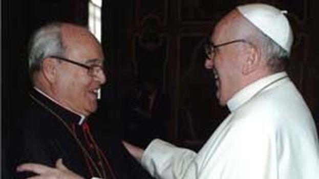 Cardenal Jaime Ortega con el Papa Francisco I. (Arquidiócesis de La Habana)