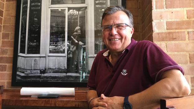 Carlos Bernabé conversa con 14ymedio sobre su experiencia en Cuba. (14ymedio)