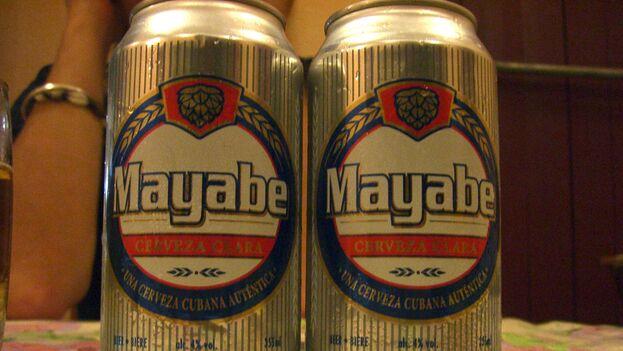 """Carlos Puente, vicepresidente del gobierno de Cabaiguán, aseguró que las cervezas Mayabe y Cacique solo se podrán vender """"en las unidades estatales"""". (Flickr/P. Collins)"""