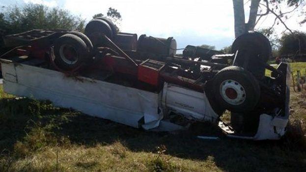 El accidente de este martes se produjo en el kilómetro 661 de la Carreta Central, entre los límites de las provincias de Las Tunas y Camagüey. (periodico26.cu)
