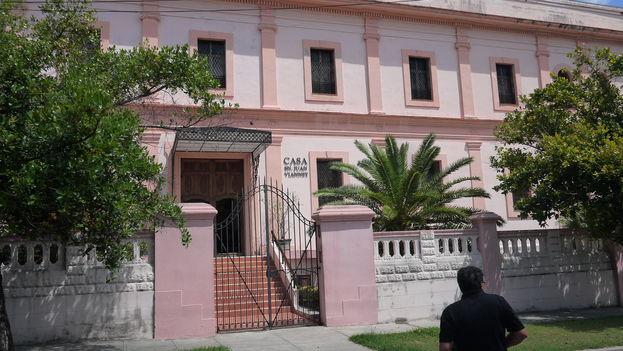 Casa San Juan Vianney, donde sesiona la asamblea de obispos