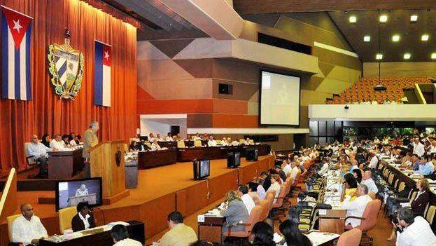 Raúl Castro en la Asamblea Nacional del Poder Popular de Cuba.