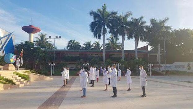 El sábado pasado, partió desde Cuba parte de la brigada médica del Contingente Internacional Henry Reeve, con 22 profesionales de la salud hacia las Islas Vírgenes Británicas. (Twitter)