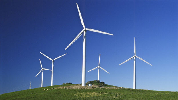 Cuba prevé sustituir sus fuentes de energía hasta llegar a un 24% de energía limpia para 2030. (EFE)