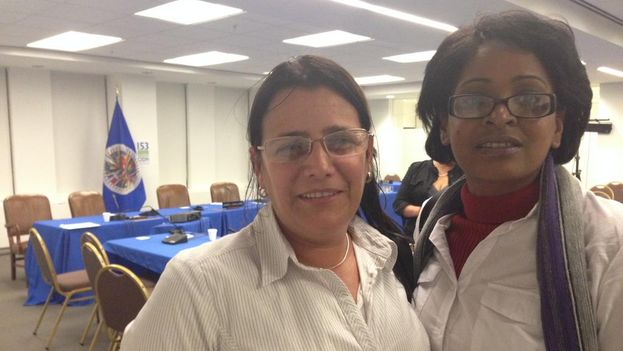 Las abogadas de Cubalex Laritza Diversent y Barbara Estrabao el día de la presentación del informe en la CIDH. (14ymedio)
