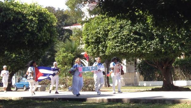 Damas de Blanco rindieron homenaje al 68 aniversario del natalicio de Laura Pollán. (14ymedio)