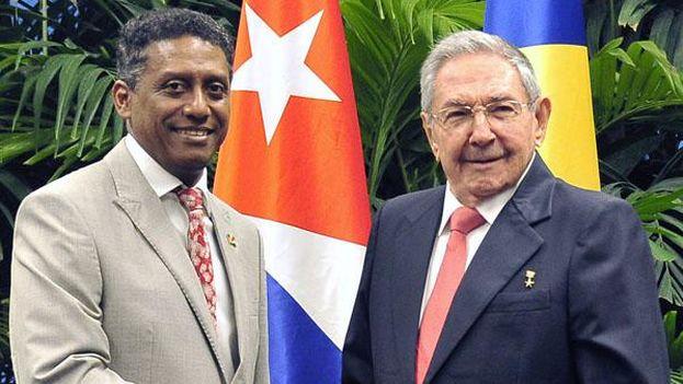 Danny Faure, presidente de Saychelles, junto a Raúl Castro durante su visita oficial a Cuba. (@Minrex)