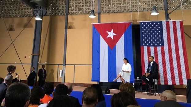 El presidente de EE UU, Barack Obama, en la conferencia con emprendedores cubanos este lunes en La Habana. (14ymedio)