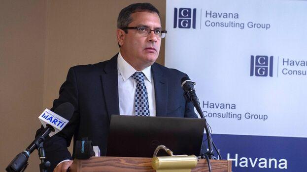 Emilio Morales, presidente de Havana Consulting Group, opina que el Gobierno de la Isla prefirió sepultar el cuentapropismo. (EFE)