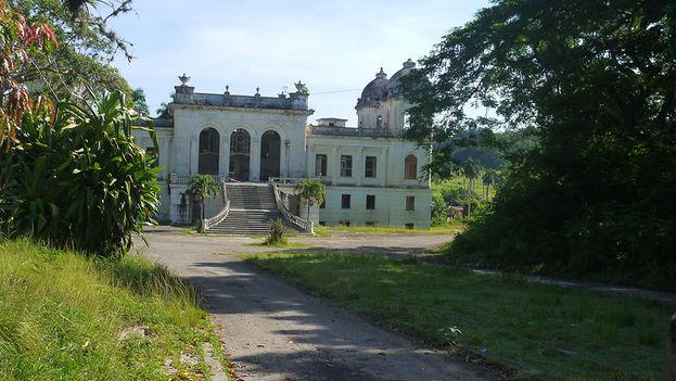 La entrada principal