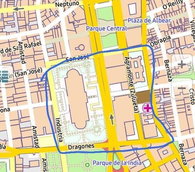 Extensión del control policial este viernes en los alrededores del Tribunal Provincial Popular de La Habana. (14ymedio)