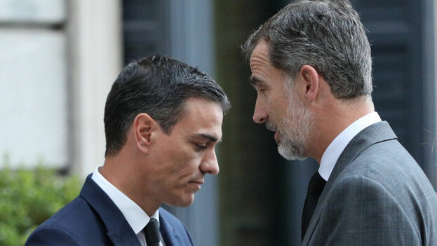 Felipe VI no entiende que se autorice una visita a la Isla con el Gobierno en funciones y tan sólo unos días después de las elecciones del 10-N. (Europa Press)