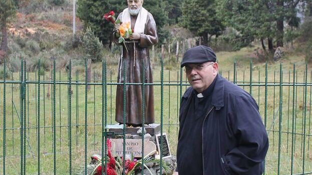 El padre Fernando Heria, sacerdote de la ermita de la Caridad, de Miami. (Facebook)