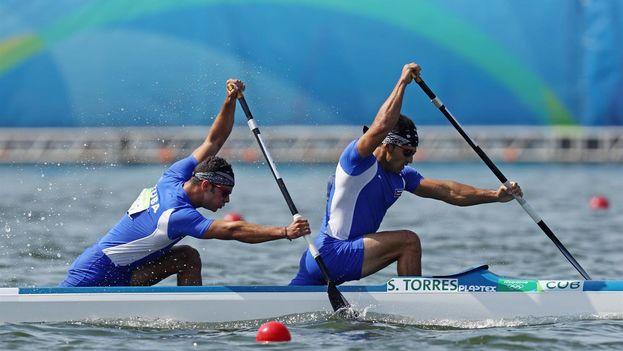 En la imagen, los cubanos Fernando Jorge (i) y Serguey Torres. (EFE Archivo)