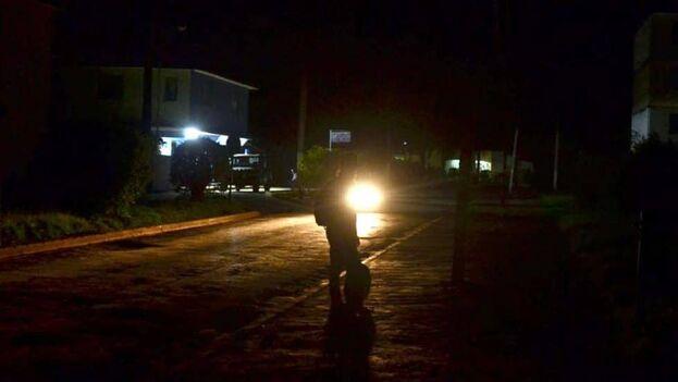 El Gobierno cubano ha negado quee los apagones sean por falta de combustible. (Heriberto Machado Galiana/El Toque)