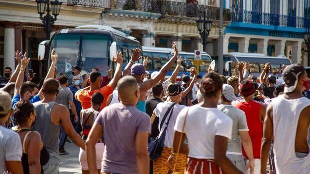 Hasta el momento, el Gobierno cubano no ha reconocido cifras oficiales de detenidos, lesionados o fallecidos. (Marcos Evora)