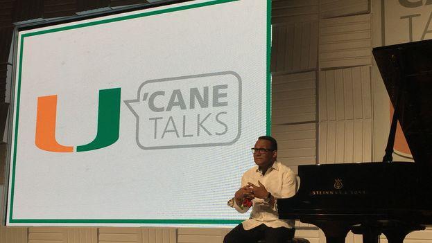 Gonzalo Rubalcaba durante las 'Cane Talks' de  este jueves en la Universidad de Miami. (14ymedio)