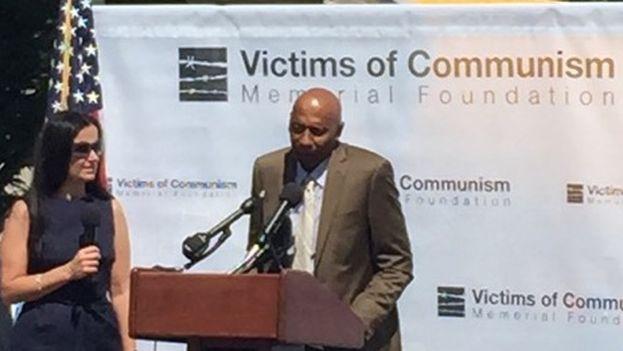 Guillermo Fariñas durante su intervención en el acto recordatorio de las Víctimas del Comunismo (Fotos Laura María Parra de la Cruz)