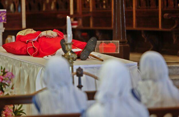 Se tiene previsto que a la catedral de La Habana acudan importantes figuras del Gobierno y la Iglesia para dar el último adiós al cardenal Ortega. (EFE)