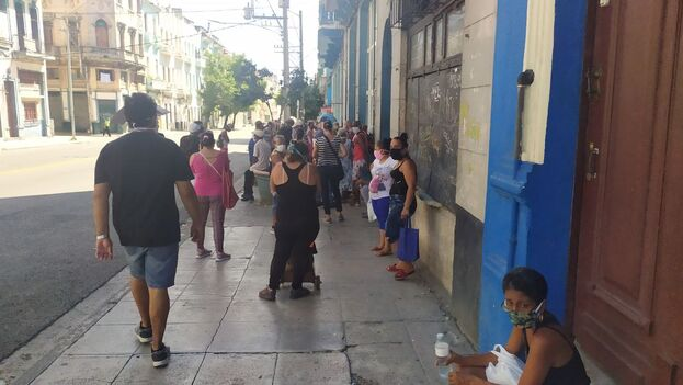La Habana este lunes, primer día de las nuevas medidas restrictivas tomadas para contener los rebrotes de covid-19. (14ymedio)