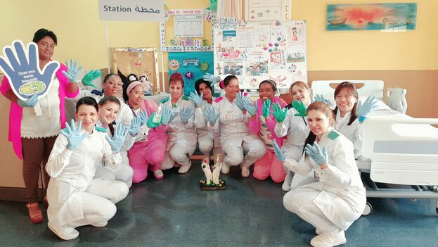 El personal de pediatría del Hospital Cubano en Dukhan (Catar) celebra la semana internacional de Control de la Infección Hospitalaria. (Facebook)