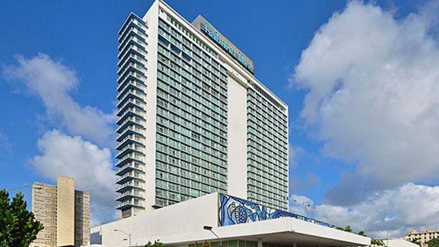 Hasta el momento, el Hotel Habana Libre es el más alto de la capital. (DCuba)