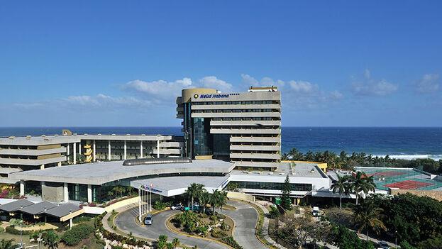 En la imagen el Hotel Meliá Habana, inaugurado el 30 de septiembre de 1998. (Archivo)