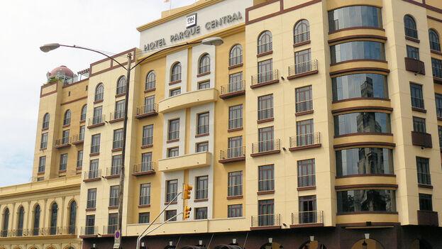 El Hotel Iberostar Parque Central, en La Habana, lanzó una oferta de comida a domicilio.(Flickr/Mike Fleming)
